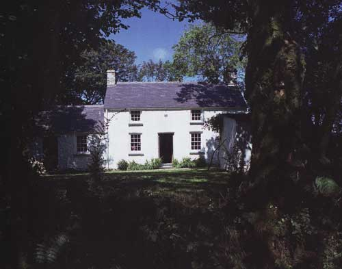 opt-17th-century-house.jpg