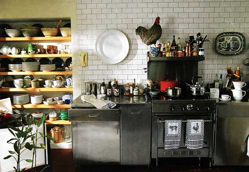 opt-kitchens-a-dash-of-red.jpg