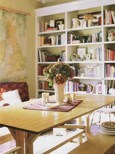http://nibsblog.files.wordpress.com/2008/03/opt-dining-room-maps.jpg