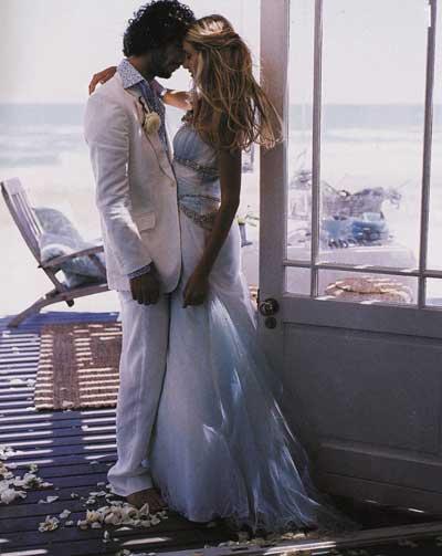 opt-romantic-couple-beach-w.jpg