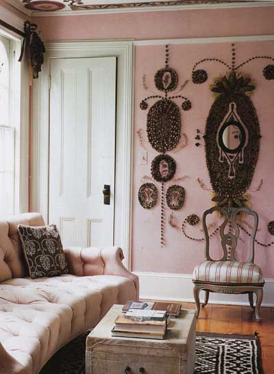 http://nibsblog.files.wordpress.com/2008/10/opt-1-pink-decor-living-ro.jpg