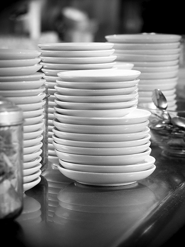 stack-of-plates
