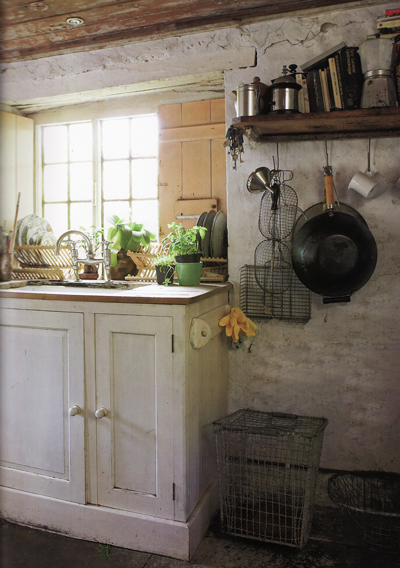 Book perfect english cottage nibs - English cottage kitchen designs ...