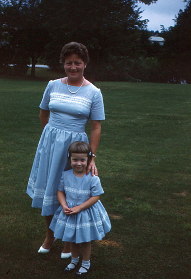 motherdaughterinblue1960s-opt