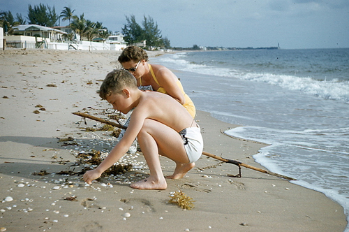 child-and-mother-on-beach-opt