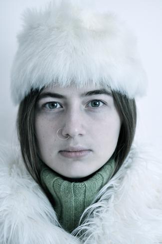 winterwhitehatcoatdanielle-opt