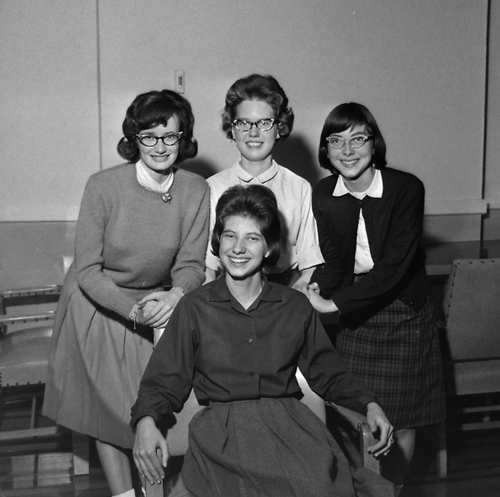 1963-classic-girls-with-glasses-opt
