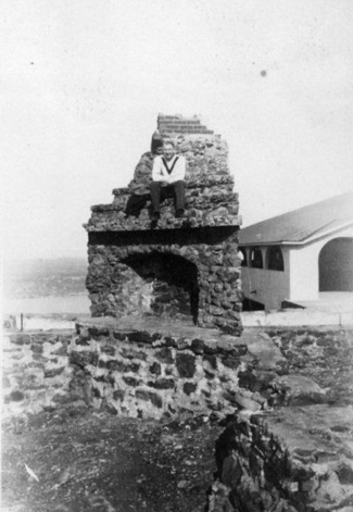 optman-on-stone-fireplace-remains-03