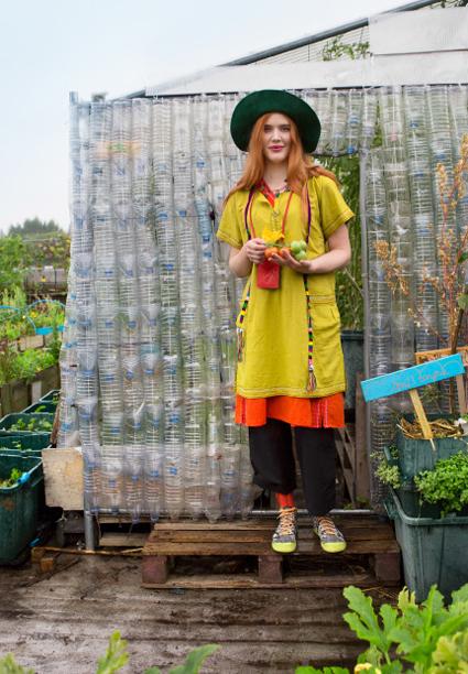 roof-gardener-02-opt