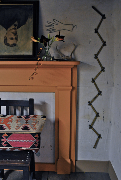fireplacemanteldecoratingquirkyobejectsruler-opt