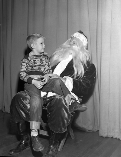 opt-vintagephotoc1954-talking-to-santa