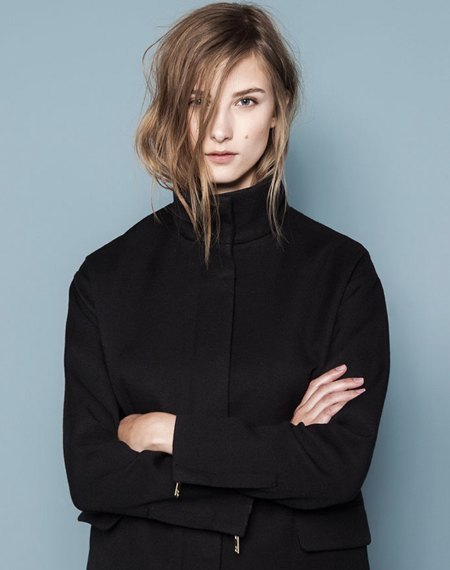 tucking hair in-funnel-coat-pull&bear-opt