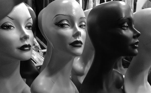 mannequinheads-opt
